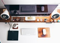 8 conseils pour vous aider à choisir les meilleurs thèmes WordPress   Webmaster-Wordpress.fr Responsive Slider, Small Space Office, Office Supply Organization, Organization Ideas, Organizing, Design Graphique, Starting Your Own Business, Cubbies, Cool Gadgets