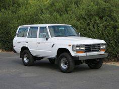 1990 Toyota Land Cruiser FJ 62 - Image 1 of 29