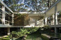 Galeria de Clássicos da Arquitetura: Residência Oscar Americano / Oswaldo Bratke - 2