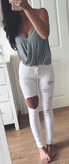 #summer #outfits / ripped jeans + gray