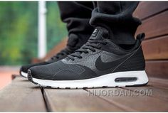 cheaper 9d212 314bf Soldes Populaire Nike Air Max Tavas Homme Noir Blanche Baskets Vente Free  Shipping QSPHSh