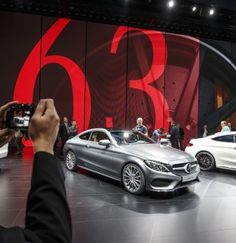 Exclusive reports and current films: experience a broad range of topics from the fascinating world of Mercedes-Benz. Frankfurt, Mercedes Benz, Bmw