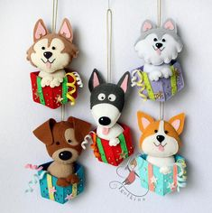 Cute puppies in a gift box will adorn any tree in the coming year. Dog sewn from felt. Boxes decorated with beads and shiny felt. It is also possible to manufacture different breed. Color boxes any:) The price is for one dog. Dog Ornaments, Felt Christmas Ornaments, Christmas Toys, Etsy Christmas, Xmas, Felt Dogs, Felt Decorations, Felt Patterns, Felt Fabric