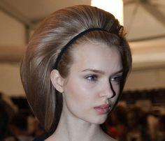 Peinados de pasarela: el 'look' del desfile de Carolina Herrera otoño-invierno al detalle