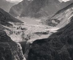 Vajont disaster (Italy), over 1918 people dead   http://it.m.wikipedia.org/wiki/Disastro_del_Vajont