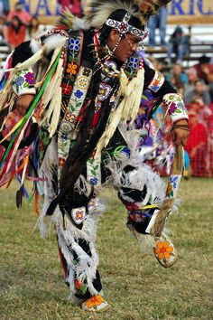 Happy Friday!  Pow Wow tonight in Traders Village Grand Prairie!  Who's ready?