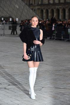 iheartsophieturner - Sophie Turner - Louis Vuitton Show, Paris Fashion...