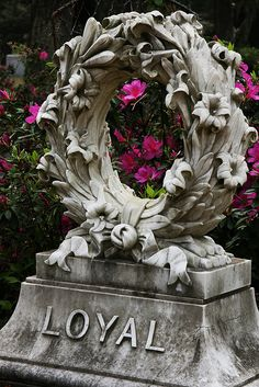 YES! This would be my tombstone...Pretty & Gawdy
