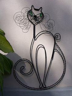 Potěšení z drátků. a nejenom z nich Cat Jewelry, Wire Jewelry, Jewelery, Wire Crafts, Metal Crafts, Wire Wall Art, Wire Art Sculpture, Easy Fall Crafts, Beads And Wire