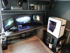 multi-monitor-gaming-setup-(42)