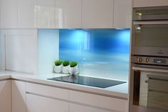 PRINTED GLASS | Printed Glass Splashbacks |Wall Panels | Printed Glass Screens - VIVANT GLASS - Melbourne | Vivant Glass Kitchen Family Rooms, Condo Kitchen, Kitchen Units, Glass Kitchen, Kitchen Tiles, Kitchen Remodel, Kitchen Design, Beautiful Kitchens, Interior Design