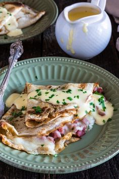 Ham and Cheese Savory Crepes with Hollandaise Sauce Dinner Crepes, Breakfast Crepes, Crepes And Waffles, Savory Crepes, Ham And Cheese Crepes, Mexican Breakfast, Savory Breakfast, Pancakes, Breakfast Ideas