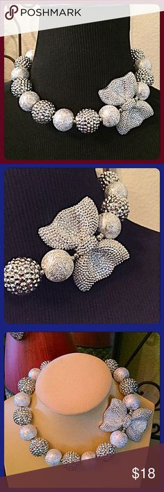 """30% OFF BUNDLES💐Glitter Ball Silver Necklace💐 Make an entrance with this bright & fun glitter necklace. Round row of stippled & smooth silver textures with an eye catching bow that's worn off to the side for interest. Length=15"""" w/a 3.75"""" extender and lobster claw clasp. Silvertone metal. Brand new, never worn. boutique Jewelry Necklaces"""