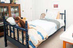 Big boy bed: painted spindle