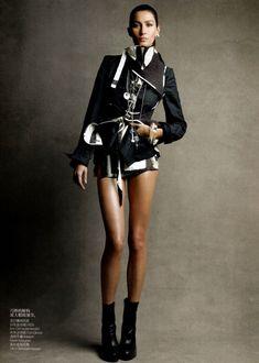 Gisele Bundchen by Patrick Demarchelier for Vogue China February 2011