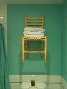 My minimally useful bathroom shelve. I love it!