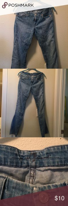 7 for all man kind sz 25 straight leg jean Super soft denim ! Size 25 low rise 7 For All Mankind Jeans Straight Leg