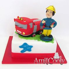 Firetruck and fireman party cake, looks like fireman sam lol