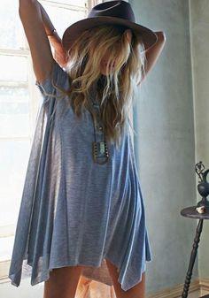Grey boho t-shirt dress :: boho chic :: freedom :: Bohemian style :: goddess :: inspiration Hippie Style, Bohemian Style, Bohemian Fashion, Surf Style, Boho Gypsy, Gypsy Cowgirl, Bohemian Living, Boho Chic, Moda Hippie