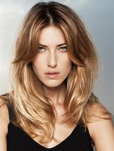 Cute Everyday Hairstyles - Looking great doesn't have to be effort intensive. Check out these cute everyday hairstyles for every hair length. Blonde Highlights On Dark Hair, Dark Blonde Hair, Blonde Ombre, Ombre Hair, Golden Blonde, Brown Blonde, Honey Highlights, Highlights 2014, Blonde Shades