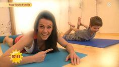 Früh übt sich, was ein Yogi werden will – oder zumindest sportlich. Klar: Wenn es Yoga für Erwachsene gibt, warum dann nicht auch Yoga für Kinder? Die indische Lehre kann nämlich selbst bei den Kleinen für jede Menge Ruhe und Entspannung sorgen. Mehr zum Kinder-Yoga hier, im SAT.1 Ratgeber.