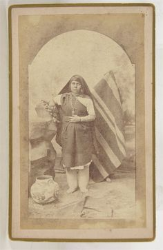 1880's NATIVE AMERICAN ISLETA PUEBLO INDIAN WOMAN CABINET CARD PHOTO By WITTICK