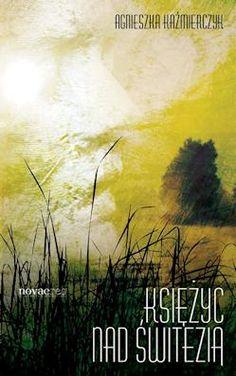 Wojtek, niedawno osierocony przez matkę 16-latek przeprowadza się z tatą na Białoruś. Już dzień po przeprowadzce, poznaje sąsiadkę, sędziwą babuleńkę, Olgę, która po niedługim czasie staje się jego przyjacielem. W tym samym czasie spotyka tajemniczą dziewczyna z nad jeziora.    Recenzja książki:  http://moznaprzeczytac.pl/ksiezyc-nad-switezia-agnieszka-kazmierczyk/