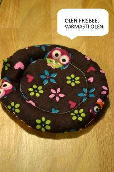 kaksin kaunihimpi: Pikkujoululahja vartissa: sisäfrisbee Hobbies And Crafts, Diy And Crafts, Arts And Crafts, Textiles, Sewing, Knitting, Holiday Decor, Crochet, Creative