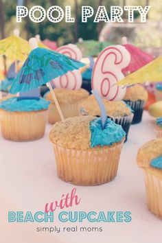 Planning a pool/beach/summer party? Check out this AMAZING Pool party-themed birthday! FREE Printable's!