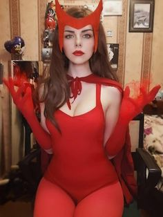 #WandaVisionIT #wandanara #wandacosplay #WandaMaximoff #WandaVisionID #WandaVison #Wanda #WandaVision Sexy Costumes For Women, Halloween Carnival, Hero Girl, Scarlet Witch, Halloween Outfits, Cosplay Costumes, Dress Outfits, One Piece, Girls
