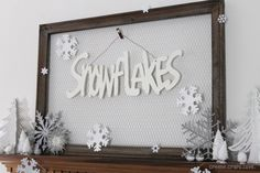Winter Mantel, themed winter decor
