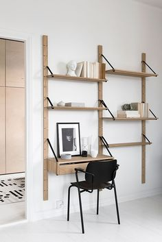 It is one example of a luxury decor to you home office design project. Home Office Design, Home Office Decor, Black Furniture, Furniture Design, Craft Storage Ideas For Small Spaces, Scandinavian Interior Design, Home Living, Living Room, Shelving