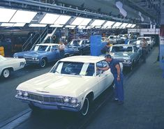 """saychevrolet: """" Happy Day Redux: A freshly minted 1965 Chevrolet Impala Sport Sedan reaches final inspection — now in color! Dodgers, Detroit Cars, Detroit Michigan, 1965 Chevy Impala, Volkswagen, Chevy Models, Chevy Muscle Cars, Pt Cruiser, Best Classic Cars"""