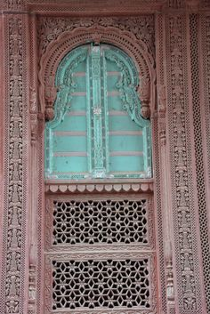 Beautiful Doors #India #travel #Rajasthan #Doors