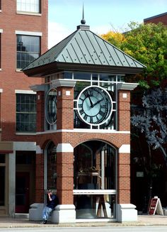 Main St. Clock Concord NH