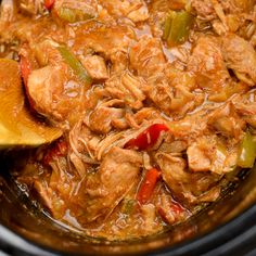 Delicious Slow Cooker Pineapple Pork with the sweetness of crushed pineapple, the spicy kick of Sambal Oelek, plus soy sauce, maple syrup and red and green pepper. Perfect with rice or noodles. Slow Cooking, Slow Cooked Meals, Slow Cooker Pork, Cooking Light, Slow Cooker Recipe Videos, Slow Cooker Recipes, Cooking Recipes, Healthy Recipes, Slimming Eats