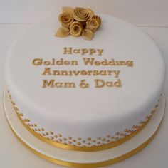 Perfect Golden Wedding Anniversary Cakes Stands You Must Have- Having the wedding anniversary will be more special with the beautiful Golden Wedding Anniversary Cakes. There are many beautiful choices of wedding a. Anniversary Cake Designs, Golden Anniversary Cake, 50th Wedding Anniversary Cakes, Wedding Aniversary, Anniversary Ideas, 50th Cake, Cake Decorating, Roses, Wedding Cake