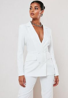White Co Ord Double Breasted Blazer . Order today & shop it like it's hot at Missguided. Blazers For Women, Suits For Women, Jackets For Women, White Suits, White Blazers, Long Blazer, Double Breasted Blazer, Blazer Outfits, Classy Outfits