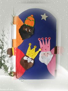 Inspiration to decorate Christmas doors (+ 20 PHOTOS) Christmas Date, Christmas Nativity, Christmas Carol, Christmas Holidays, Christmas Crafts, Christmas Ornaments, Christmas Door Decorations, School Decorations, Kids Church Rooms