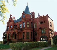 1891 Schuster Mansion Bed & Breakfast - Milwaukee, Wisconsin.