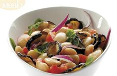 Salad with beans and aubergine