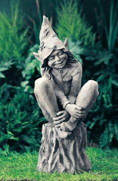 1Lawn Ornament GNOME STATUE - CONCRETE Foxglove Elf Statue