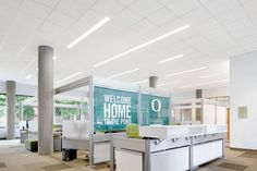 University of Oregon – Ford Alumni Center | Armstrong Ceiling Solutions – Commercial
