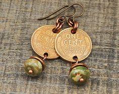 US coin earrings, green rhyolite beads, wheat pennies, copper Penny Jewelry, Coin Jewelry, Ear Jewelry, Jewelry Crafts, Jewelry Art, Beaded Jewelry, Jewelery, Jewelry Design, Jewelry Making