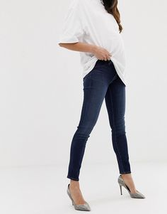 08afbe94ab2a6 Meghan's Rag & Bone Coal Black Maternity Skinny Jeans (RRP: US$225 ...