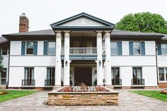 Heintzman House wedding venue in Thornhill, Ontario #pintopaper