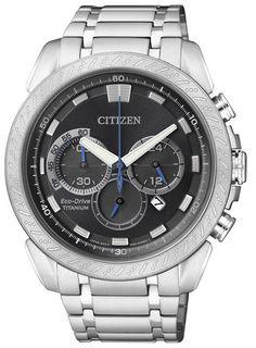 Montre Citizen Eco-Drive Chronographe CA4060-50E, boîtier et bracelet en titane, cadran noir.