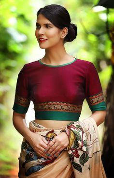 Love this colour combination Kerala Saree Blouse Designs, Saree Jacket Designs, Cotton Saree Blouse Designs, Choli Designs, Kurta Designs, Stylish Dress Designs, Fancy Blouse Designs, Traditional Blouse Designs, Traditional Sarees