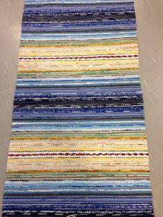 Weaving Textiles, Tapestry Weaving, Loom Weaving, Hand Weaving, Basket Weaving, Floral Area Rugs, Weaving Projects, Sewing Art, Weaving Techniques