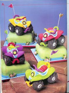 usefull tutorial for boy cakes